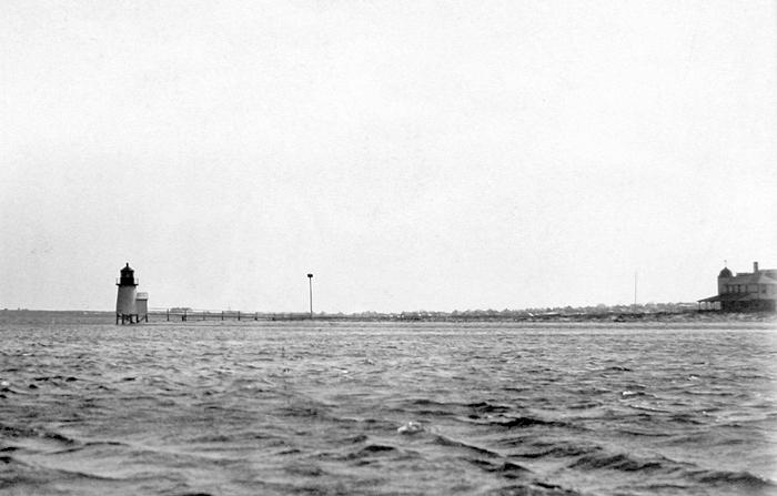 Brant Point Lighthouse Massachusetts At Lighthousefriendscom - Discontinued lighthouse border