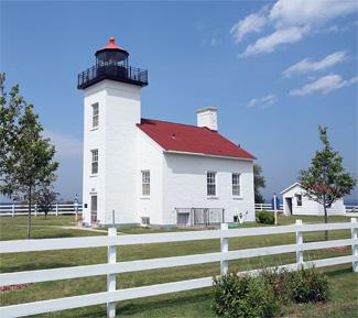 Sand Point Escanaba Lighthouse Michigan At Lighthousefriends Com