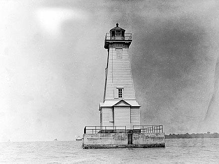 Cedar Point Lighthouse Ohio At Lighthousefriends Com